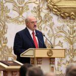 رئيس روسيا البيضاء يوقع مرسوما بتغيير طريقة نقل السلطة في حالة الطوارئ