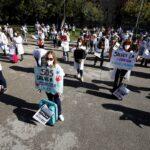 اشتباكات في برشلونة إثر فرض قيود مرورية لكبح كورونا