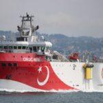 تركيا تمدد فترة التنقيب في منطقة متنازع عليها بشرق المتوسط