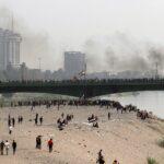 قوات الأمن العراقية تطلق مدافع المياه والغاز على محتجين في بغداد