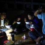 مقتل 25 على الأقل وفقد عشرات بعدما ضرب إعصار فيتنام