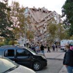 ارتفاع ضحايا زلزال إزمير في تركيا إلى 37 قتيلا