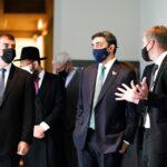 وزير الخارجية الإماراتي يزور النصب التذكاري لضحايا الهولوكوست في برلين