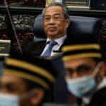 رئيس حكومة ماليزيا في الحجر الصحي بعد إصابة أحد وزرائه بكورونا