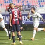 ساسولو يفوز على بولونيا ويصعد لوصافة الدوري الإيطالي