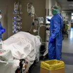 دراسة تتوقع ارتفاع وفيات كورونا في أمريكا إلى نصف مليون بحلول فبراير