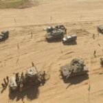 الاحتلال ينفذ طرقا للآليات العسكرية قرب الحدود مع غزة