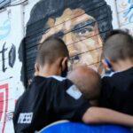إطلاق اسم مارادونا على استاد سان باولو الخاص بنابولي