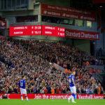 الحكومة البريطانية تعلن بدء عودة الجماهير للملاعب