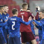 سلوفاكيا توقف سجل اسكتلندا الخالي من الهزيمة عند 9 مباريات