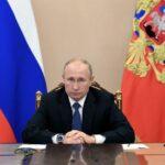 بوتين يوقع قانونا يتيح للرؤساء السابقين عضوية مجلس الاتحاد طول العمر
