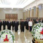 كوريا الشمالية تحيي الذكرى التاسعة لوفاة زعيمها السابق كيم جونج إل