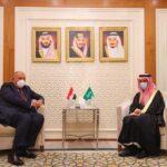 القاهرة والرياض تؤكدان أهمية حرية الملاحة في الخليج وباب المندب