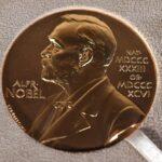 كورونا يمنع إقامة حفل توزيع جوائز «نوبل» مجددا