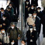 كوريا الجنوبية تسجل أكثر من 900 إصابة جديدة بفيروس كورونا