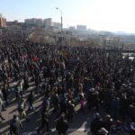 مسيرة في أرمينيا لتأبين قتلى ناجورنو كاراباخ ومطالبات باستقالة رئيس الوزراء