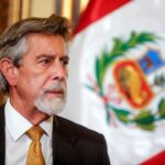 بيرو توقف الرحلات من وإلى أوروبا بسبب سلالة كورونا الجديدة