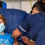 تفاصيل أول يوم لحملة تطعيم البريطانيين بلقاح فايرز لمواجهة كورونا