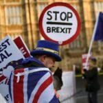 الاقتصاد البريطاني مستمر في التباطؤ بسبب قيود كورونا
