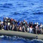 وفاة 20 في حادث غرق قارب مهاجرين قبالة تونس