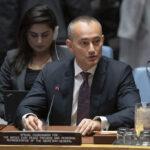ملادينوف: على إسرائيل وقف النشاط الاستيطاني