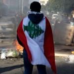 وطن «بالمقلوب» تحكمه الفوضى.. عام «التسويات المستحيلة» في لبنان
