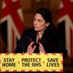 الداخلية البريطانية: نحن في عزل عام وعلى الناس البقاء في منازلهم