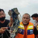 العثور على حطام يُعتقد أنه للطائرة الإندونيسية المفقودة