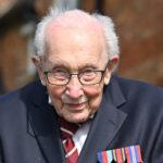 عمره 100 عام.. جمع ملايين الجنيهات لمكافحة كورونا ثم أصيب بالفيروس