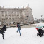 صور| الثلوج تغطي مدريد وجزءاً من إسبانيا