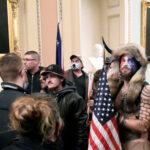 لقطات تنشر للمرة الأولى توثق لحظات اقتحام أنصار ترامب لمبنى الكونجرس