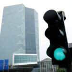 المركزي الأوروبي يتابع أسعار الصرف عن كثب