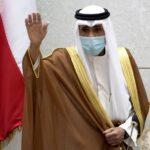 أمير الكويت يؤجل انعقاد جلسات مجلس الأمة لمدة شهر