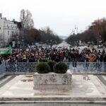 احتجاجات في المجر على إجراءات العزل رغم حظر التجمعات