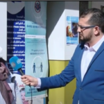 تفاصيل انطلاق حملة التطعيم في الجزائر.. وتمديد الحجر المنزلي