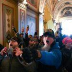 القضاء الأمريكي يتّهم أكثر من 150 شخصاً بالتورّط في الهجوم على الكونجرس