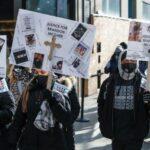 شيكاغو تستقبل العام الجديد بمسيرة ضد حمل السلاح