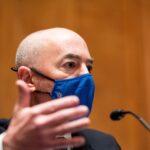 وزير الأمن الداخلي الأمريكي يتعهد بمحاربة الإرهاب الداخلي