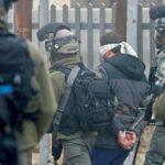 الاحتلال يعتقل 22 مواطنا في الضفة الغربية