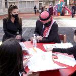 العاهل الأردني يمضي ساعات بين الأيتام