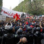 وسط غضب الشارع.. حركة النهضة التونسية تدعو أنصارها للتظاهر
