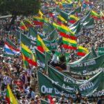 اشتباكات بين معارضي انقلاب ميانمار ومؤيديه