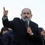 رئيس وزراء أرمينيا يطالب الجيش بأن يؤدي مهمته