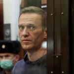 المعارض الروسي أليكسي نافالني يعلن إنهاء إضرابه عن الطعام