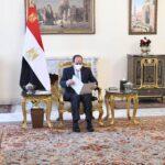 الرئيس المصري يتسلم رسالة خطية من أمير الكويت