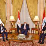وزير الخارجية المصري يجتمع بنظيريه العراقي والأردني بالقاهرة