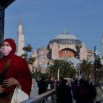 تركيا تشدد الإجراءات الاحترازية بسبب ارتفاع أعداد إصابات ووفيات كورونا