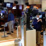 الأسهم الأمريكية تغلق على هبوط حاد وسط مخاوف كورونا