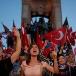 مظاهرات حاشدة في تركيا احتجاجا على الانسحاب من «اتفاقية المرأة»