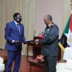 البرهان يجدد تأكيد الحكومة السودانية على تحقيق التحول الديمقراطي